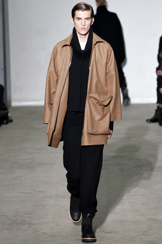 Kris Van Assche Fall Winter 2011 Menswear Show Look 31