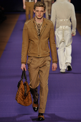 Etro Fall Winter 2011 Menswear Show Look 4