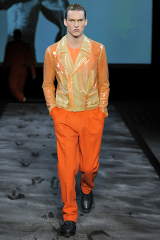 Thierry Mugler Fall Winter 2011 Menswear Show Look 24