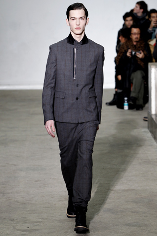 Kris Van Assche Fall Winter 2011 Menswear Show Look 22